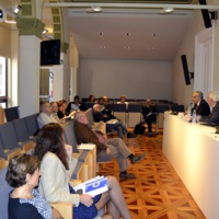 Albert Garrido i Roger Jiménez, del Consell de la Informació de Catalunya, presentant l'acte