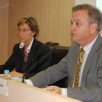 Presentació de l'acte, a càrrec de Llúcia Oliva, presidenta del CIC i Josep Pont, representant del CAC